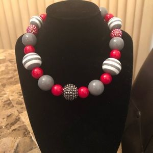 Jewelry - Charming & cute necklace